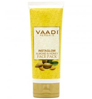 Осветляющая маска для лица Миндаль и Мёд (Instaglow Almond & Honey Face Pack), Vaadi